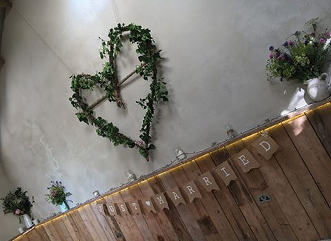 flower-reef-heart-wedding